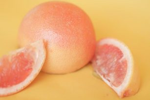 Grapefruit Nutrition Information, Health Benefits, and Uses | Nutrition Stripped