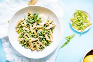 Protein-Packed Pea and Mint Pasta | Nutrition Stripped
